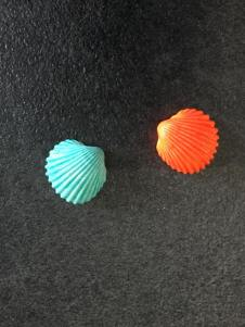 MAGNET GAVAMAR LOT 2 BLEU ET ORANGE 2 Cm 1